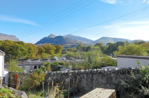 Snaptrip - Last minute cottages - Stunning Caernarfon Cottage S22224 -