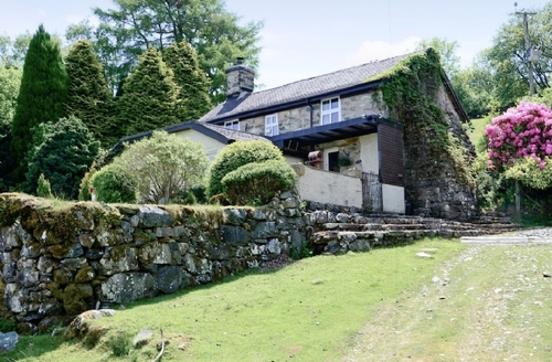 Snaptrip - Last minute cottages - Lovely Dolgellau And Coed Y Brenin Forest Park Cottage S22258 -