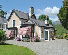 Snaptrip - Last minute cottages - Captivating Blaenau Ffestiniog Cottage S22274 -