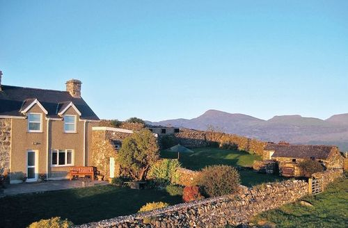 Snaptrip - Last minute cottages - Splendid Harlech Cottage S22285 -