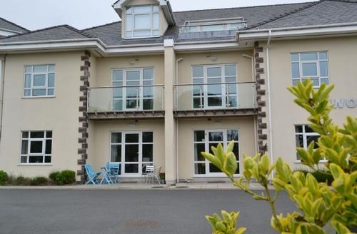 Snaptrip - Last minute cottages - Adorable Nefyn Apartment S22307 -
