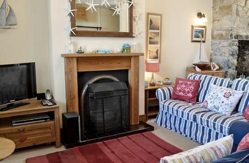 Snaptrip - Last minute cottages - Exquisite Nefyn Cottage S22311 -