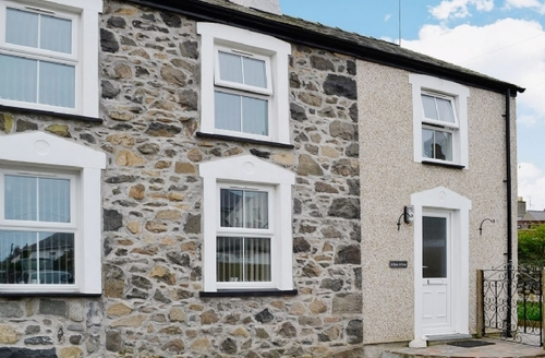Snaptrip - Last minute cottages - Cosy Nefyn Cottage S22323 -