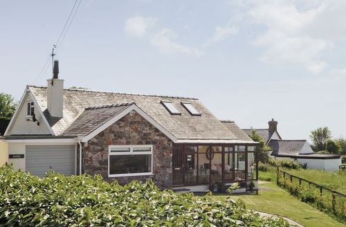 Snaptrip - Last minute cottages - Delightful Tudweiliog Cottage S22327 -