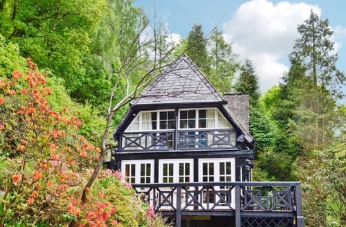 Snaptrip - Last minute cottages - Captivating Betws Y Coed Cottage S22380 -