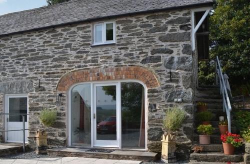 Snaptrip - Last minute cottages - Tasteful Betws Y Coed Cottage S22389 -