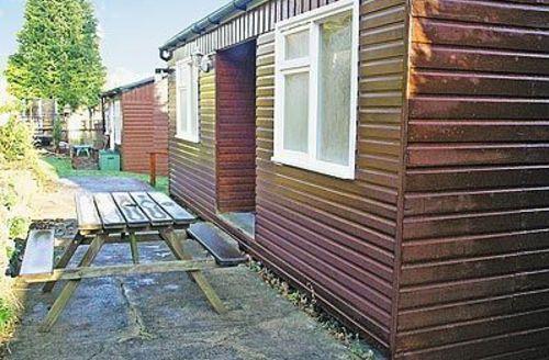 Snaptrip - Last minute cottages - Superb Colwyn Bay Cottage S22395 -
