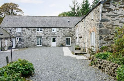 Snaptrip - Last minute cottages - Stunning Betws Y Coed Cottage S22402 -