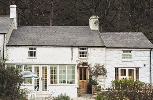 Snaptrip - Last minute cottages - Lovely Conwy Cottage S22430 -