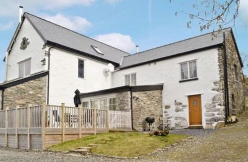 Snaptrip - Last minute cottages - Tasteful Conwy Cottage S22446 -