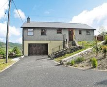 Snaptrip - Last minute cottages - Captivating Dolwyddelan And Penmachno Cottage S22447 -