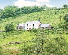 Snaptrip - Last minute cottages - Beautiful Dolwyddelan And Penmachno Cottage S22457 -