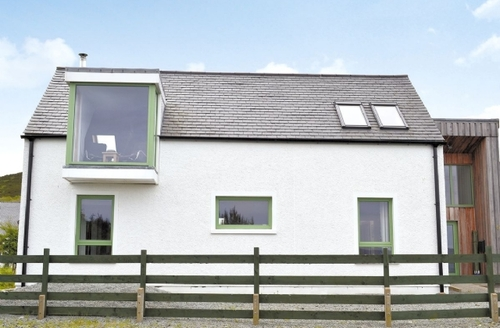 Snaptrip - Last minute cottages - Splendid Portree Cottage S22514 -