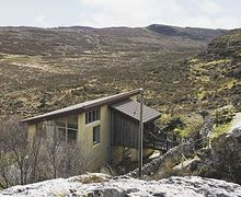 Snaptrip - Last minute cottages - Wonderful Sligachan Cottage S22529 -