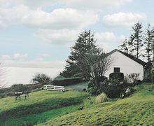 Snaptrip - Last minute cottages - Splendid Acharacle Cottage S22560 -