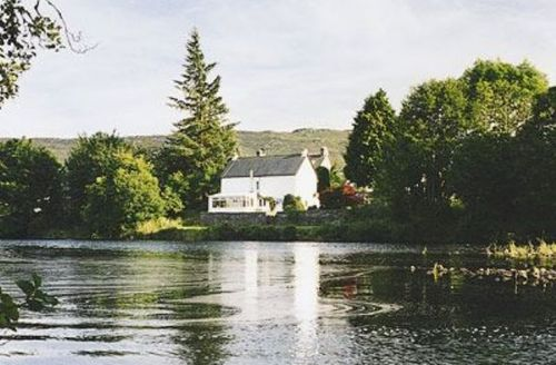 Snaptrip - Last minute cottages - Inviting Fort Augustus Cottage S22698 -