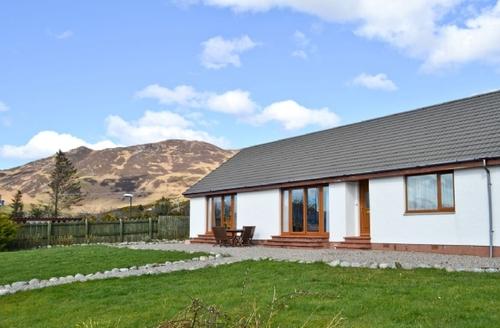 Snaptrip - Last minute cottages - Gorgeous Kyle Of Lochalsh Cottage S22757 -