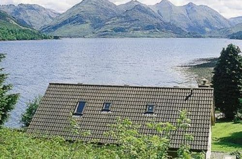 Snaptrip - Last minute cottages - Stunning Kyle Of Lochalsh Cottage S22769 -