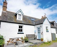 Snaptrip - Last minute cottages - Quaint Tain Cottage S22880 -