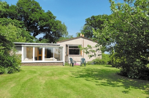 Snaptrip - Last minute cottages - Lovely Tain Cottage S22890 -