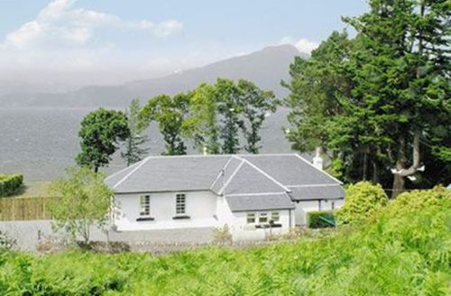 Snaptrip - Last minute cottages - Inviting Inveraray Cottage S23051 -