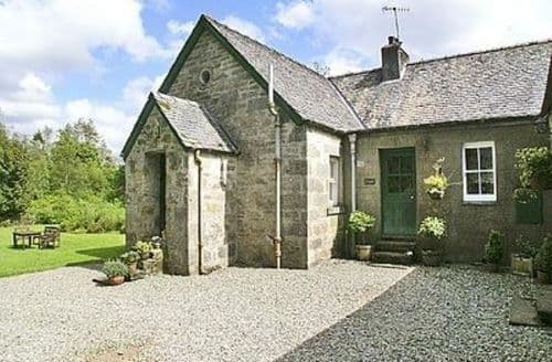Snaptrip - Last minute cottages - Lovely Lochgilphead Cottage S23063 -