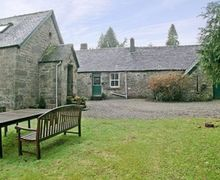 Snaptrip - Last minute cottages - Quaint Lochgilphead Cottage S23065 -