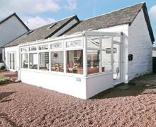 Snaptrip - Last minute cottages - Luxury Lochgilphead Cottage S23084 -