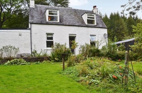 Snaptrip - Last minute cottages - Quaint Taynuilt Cottage S23193 -