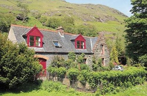 Snaptrip - Last minute cottages - Quaint All Isle Of Mull Lodge S23214 -