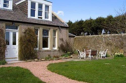 Snaptrip - Last minute cottages - Excellent St Andrews Cottage S23307 -