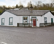Snaptrip - Last minute cottages - Tasteful Blairgowrie Cottage S23353 -