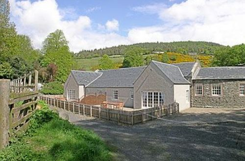 Snaptrip - Last minute cottages - Attractive Perth Cottage S23394 -