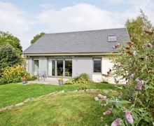 Snaptrip - Last minute cottages - Exquisite Pitlochry Cottage S23425 -