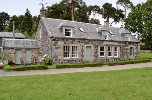 Snaptrip - Last minute cottages - Luxury Ayr Cottage S23472 -