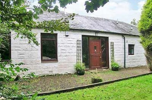 Snaptrip - Last minute cottages - Stunning Ayr Cottage S23475 -