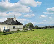 Snaptrip - Last minute cottages - Gorgeous Girvan Cottage S23502 -