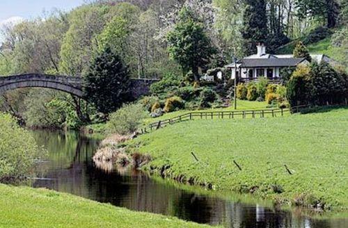 Snaptrip - Last minute cottages - Splendid Biggar Lodge S23534 -