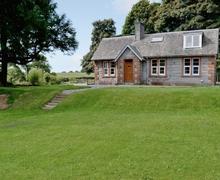 Snaptrip - Last minute cottages - Splendid Dalbeattie Lodge S23606 -