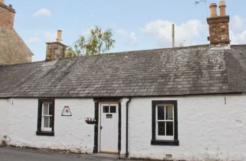 Snaptrip - Last minute cottages - Quaint Dumfries Cottage S23629 -
