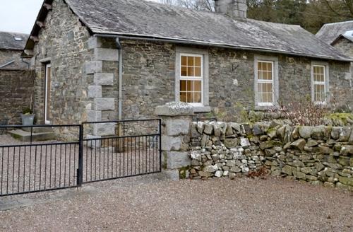 Snaptrip - Last minute cottages - Gorgeous Kirkcudbright Cottage S23638 -
