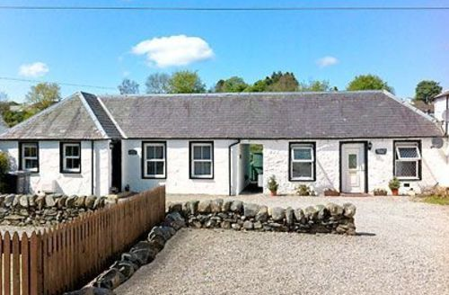 Snaptrip - Last minute cottages - Inviting Newton Stewart Cottage S23694 -