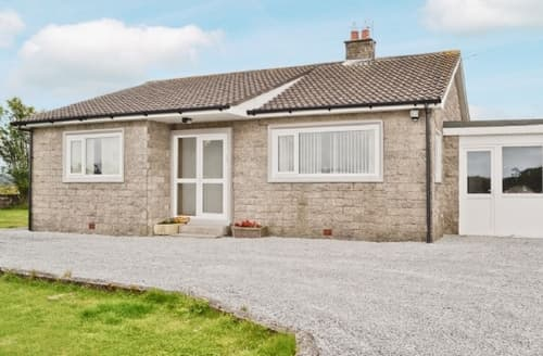 Snaptrip - Last minute cottages - Luxury Newton Stewart Cottage S23700 -