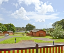 Snaptrip - Last minute cottages - Charming Newton Stewart Lodge S23702 -