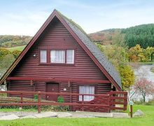 Snaptrip - Last minute cottages - Charming Sandyhills Lodge S23708 -