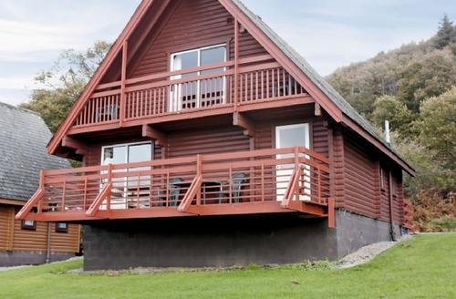 Snaptrip - Last minute cottages - Exquisite Sandyhills Lodge S23711 -