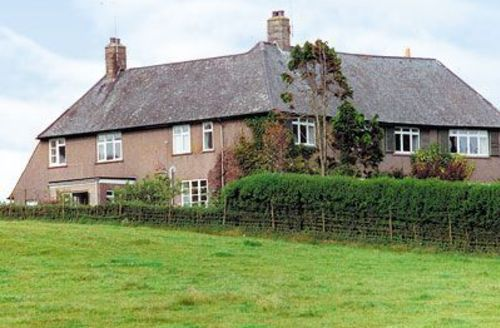 Snaptrip - Last minute cottages - Superb Sandyhills Cottage S23724 -