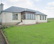 Snaptrip - Last minute cottages - Inviting Duns Cottage S23757 -