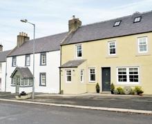 Snaptrip - Last minute cottages - Delightful Kelso Cottage S23810 -