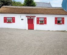 Snaptrip - Last minute cottages - Gorgeous Ardara Cottage S23907 -